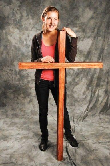 Neljä tarinaa: Luokkani jakautuu luterilaisiin ja ateisteihin